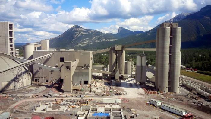 Portland Cement Plants : Lafarge cement plant portland bolt